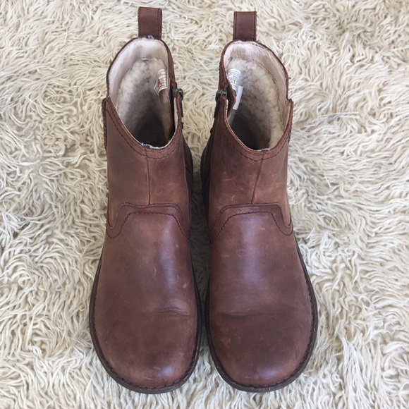 d7336df3ede UGG Leather boots Fleece lined, short, brown 11